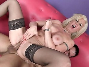 That horny blonde milf is still wet wand need a hard bang!